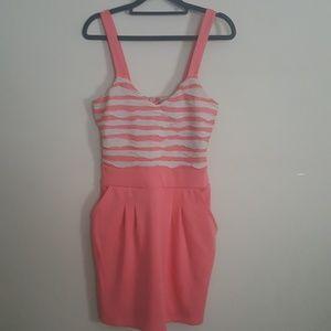 GUESS coral/tan dress size M